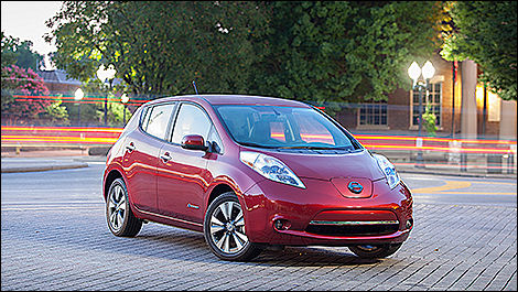 2014 Nissan LEAF 3/4 view