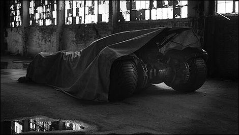 Batman vs Superman: la future Batmobile dévoilée demain?