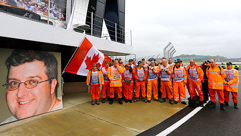 F1 Silverstone One minute silence in memory of the Montreal marshal Mark Robinson
