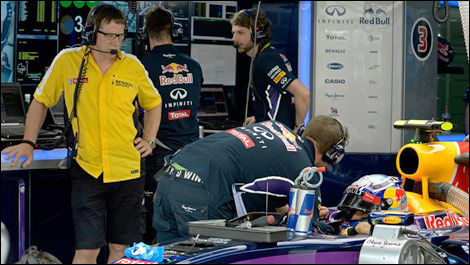 F1 Red Bull Renault engineers stand