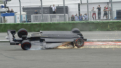 F1 Felipe Massa Williams crash Hockenheim