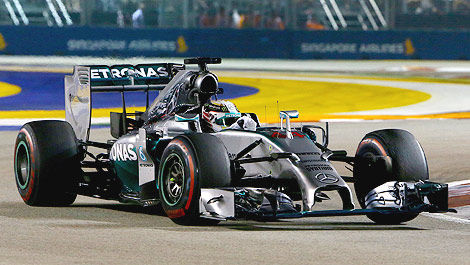 F1 Lewis Hamilton winner Singapore Mercedes