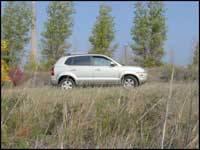 2006 hyundai tucson gls awd editor 39 s review car reviews for Too hot motors tucson