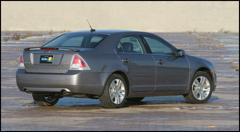 2007 ford fusion sel awd road test editor 39 s review car. Black Bedroom Furniture Sets. Home Design Ideas