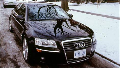 Audi A L W Road Test Editors Review Car Reviews Auto - 2007 audi a8