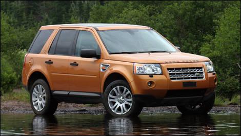 2008 land rover lr2 road test editor 39 s review car news. Black Bedroom Furniture Sets. Home Design Ideas