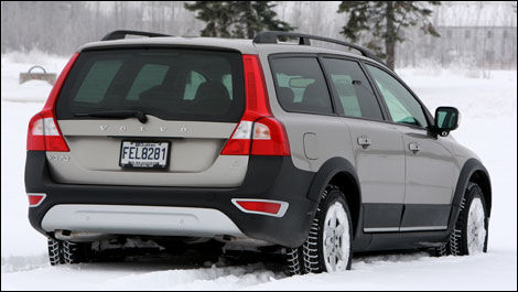 2008 volvo xc70 3.2 awd road test editor's review | car reviews