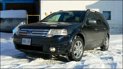 2008 ford taurus x limited awd review editor 39 s review. Black Bedroom Furniture Sets. Home Design Ideas