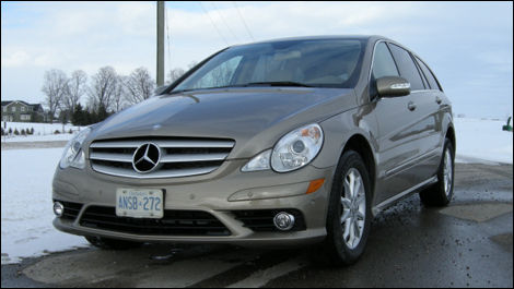 2008 Mercedes-Benz R320 CDI Review Editor's Review | Car Reviews ...