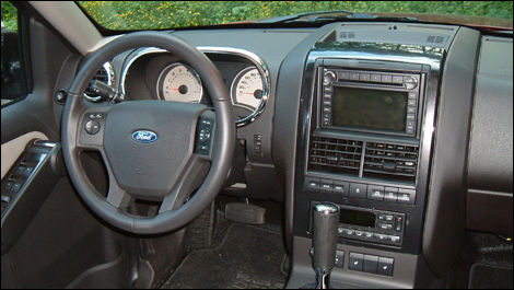2008 Ford Explorer Sport Trac Limited V8 4x4 Review Editor S Review Car Reviews Auto123