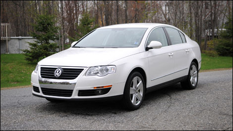 2008 volkswagen passat 2 0t review editor 39 s review car. Black Bedroom Furniture Sets. Home Design Ideas