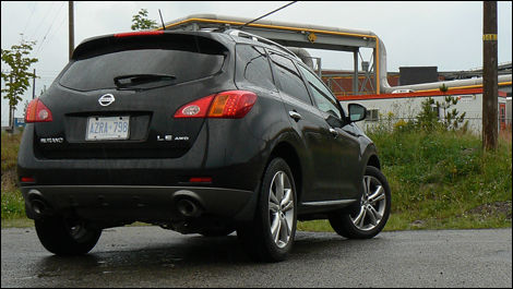 2009 Nissan Murano LE AWD Review (video)