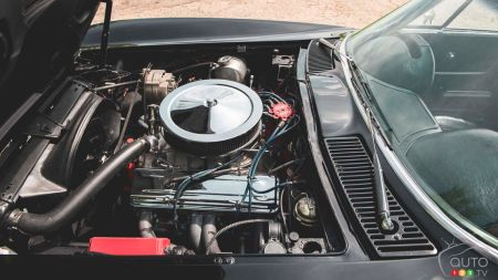 Steve Stone's 1963 Chevrolet Corvette, engine