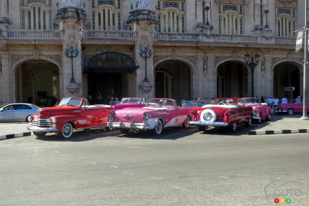 You're sure to find an eye-catching congregation of convertibles at Havana's Parque Central, close by the Capital building!