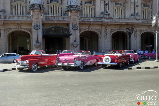 Vous trouverez certes un cabriolet à votre goût au Parque Central de La Havane, tout près du Capitole !