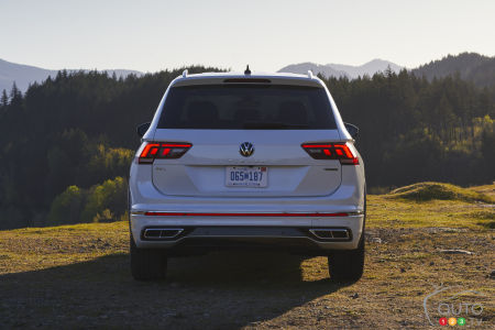2022 Volkswagen Tiguan, rear