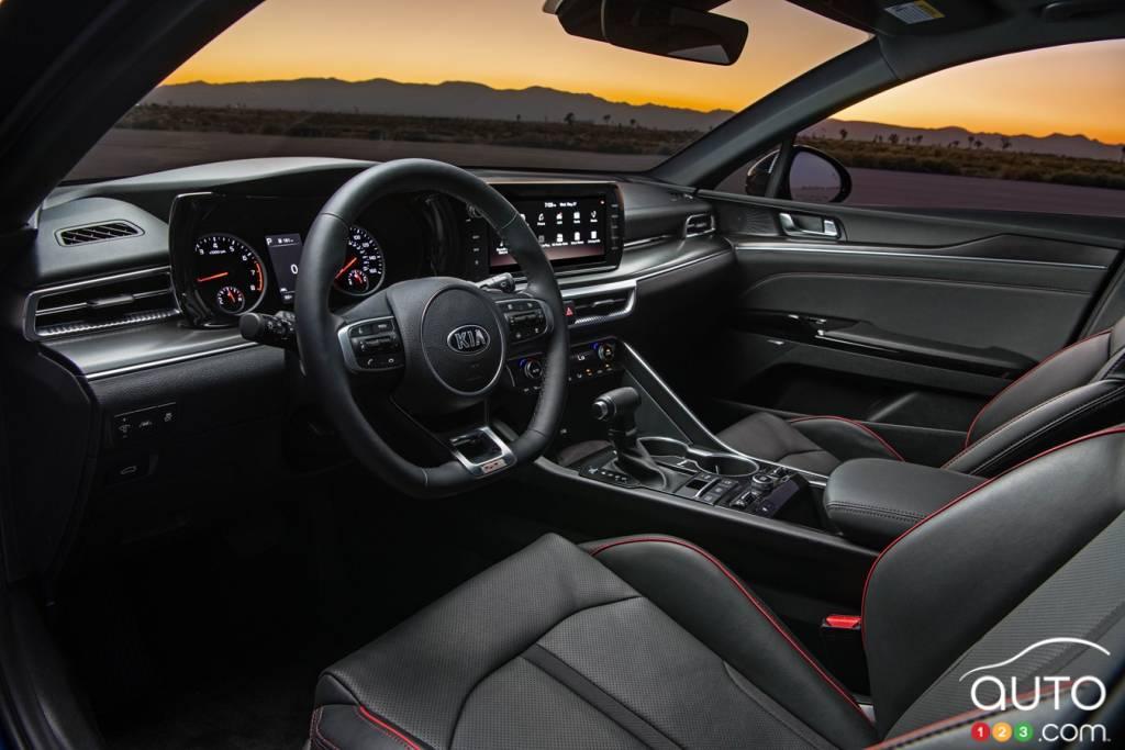 Kia K5 GT 2021, intérieur