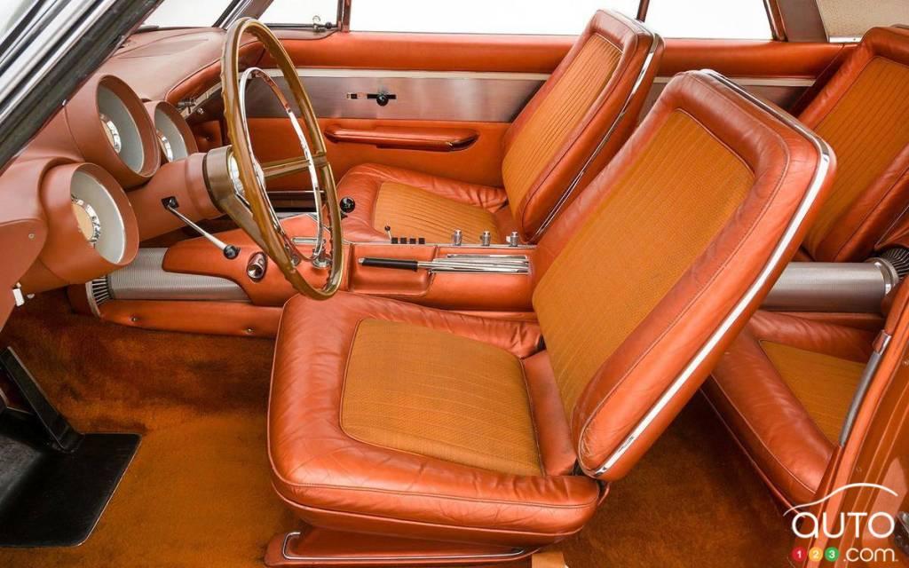 La Chrysler Turbine 1963, première rangée