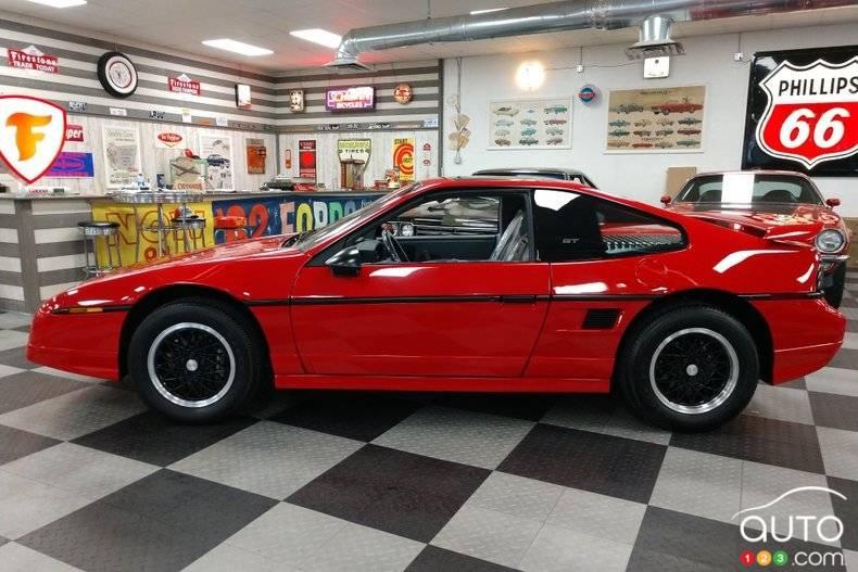 Pontiac Fiero 1988, profil