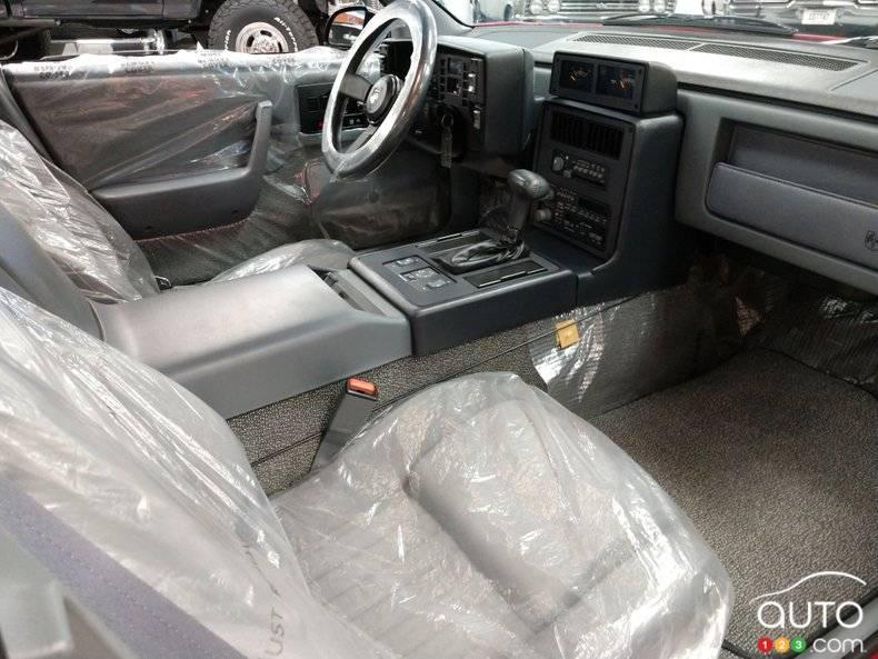 Pontiac Fiero 1988, sièges