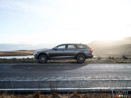 The Volvo V90 Cross Country
