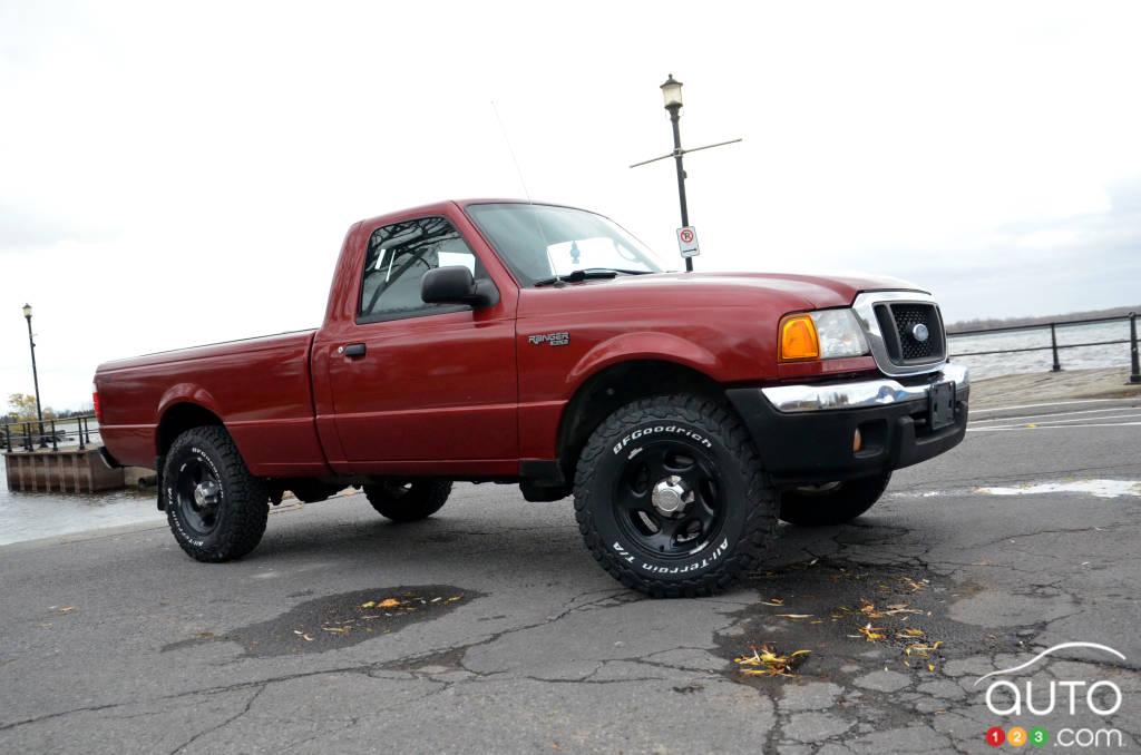 Le Ford Escalade ESV 2018 de Tom Brady, intérieur, de côté