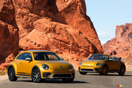La Volkswagen Beetle Dune 2016 en versions coupé et décapotables
