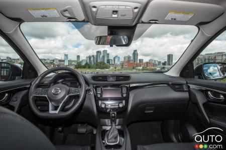 10 Reasons To Buy A Nissan Qashqai Car News Auto123