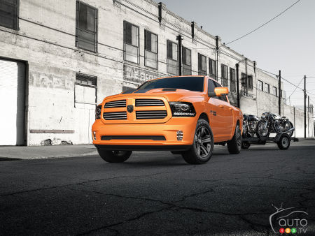 2017 Ram 1500 Sport in Ignition Orange