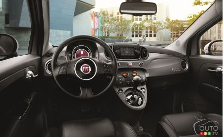 dealers will be able to order the 2018 fiat 500 models beginning this month and the cars should begin arriving in showrooms during the second quarter of