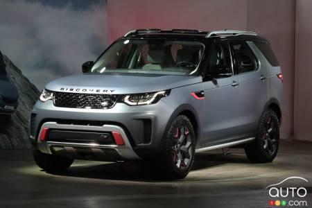 https://picolio.auto123.com/auto123-media/2018-Land-Rover-Discovery-SVX.jpg?scaledown=450