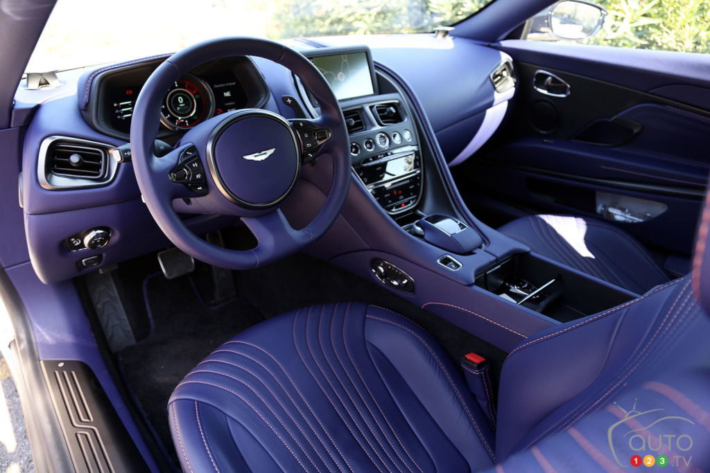 Aston Martin DB11 2020, intérieur