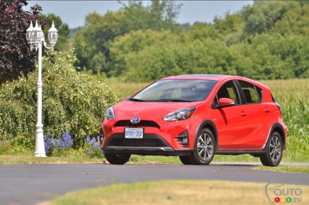 Photos of the 2018 Toyota Prius c