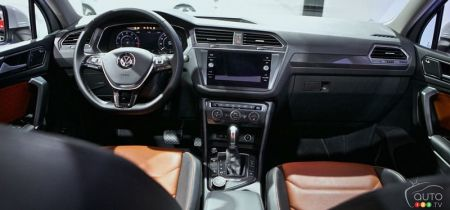 While Only One Engine Is Offered That The Ing New Version Of Vw S 4 Cylinder Tsi Turbocharged Motor With Direct Injection