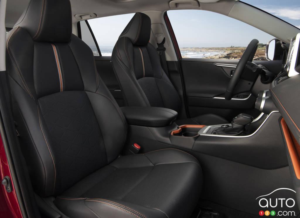 2019 Toyota Rav4 Trail Review Car Reviews Auto123