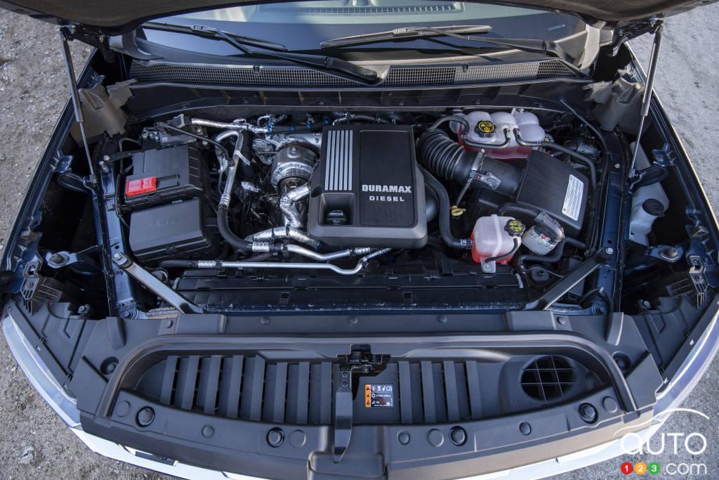 Chevrolet Silverado 1500 Diesel 2020, moteur