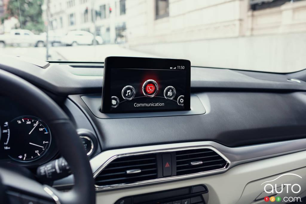 Mazda CX-9 2020, écran multimédia