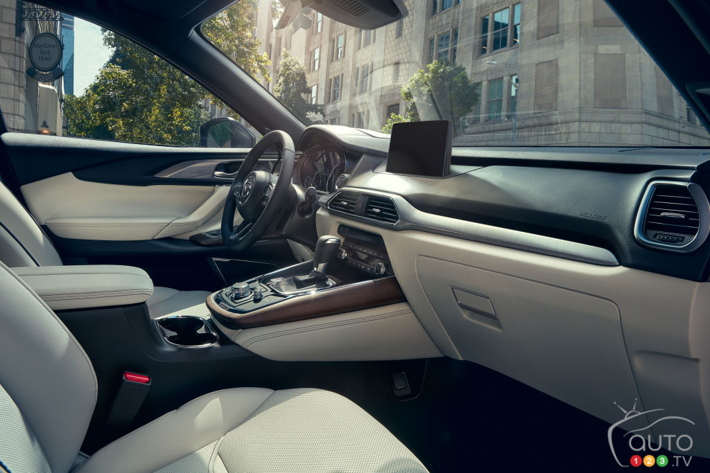 Mazda CX-9 2020, intérieur