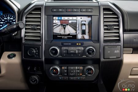 Central screen in the 2020 Ford F-250