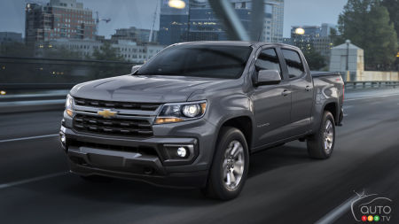 2021 Chevrolet Colorado LT, front
