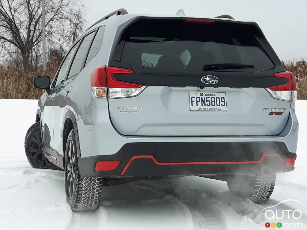 Subaru Forester Sport 2021, arrière