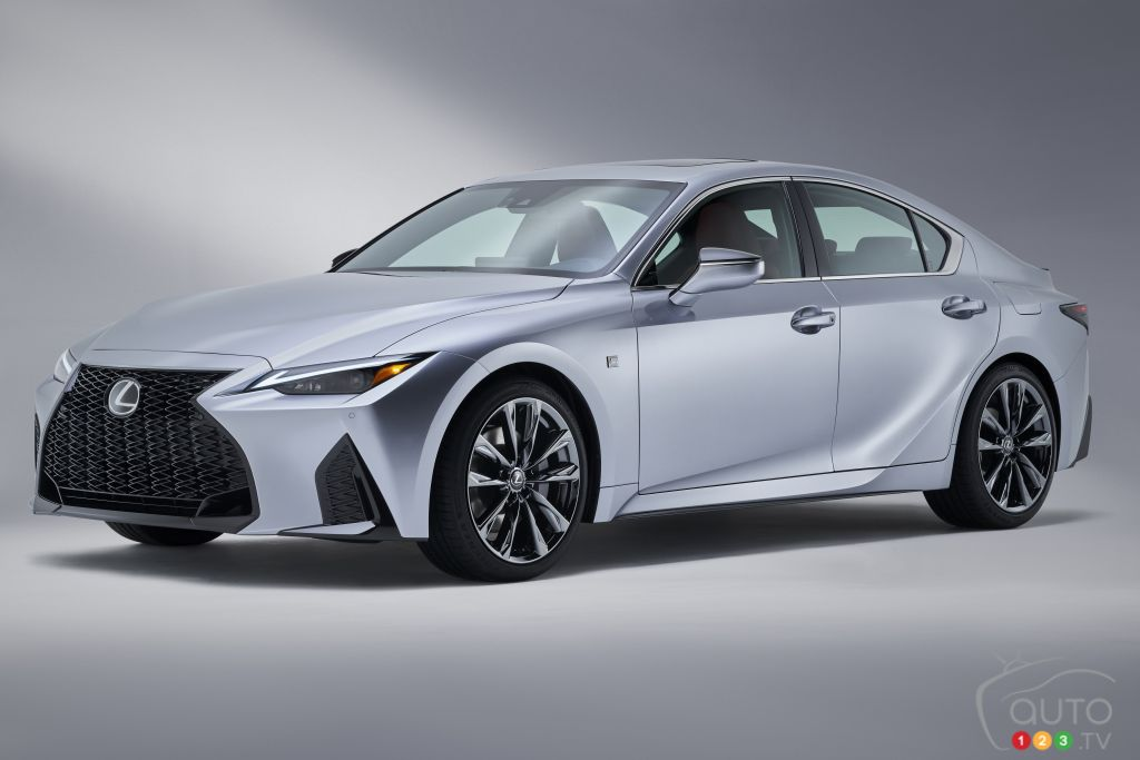 Lexus IS F-Sport 2021