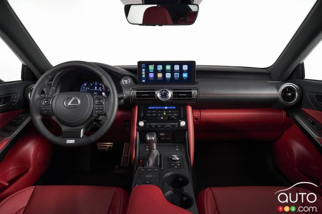 Lexus IS F-Sport 2021, intérieur