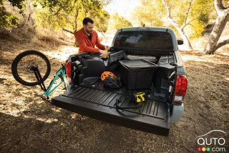 2022 Toyota Tacoma Trail, bed