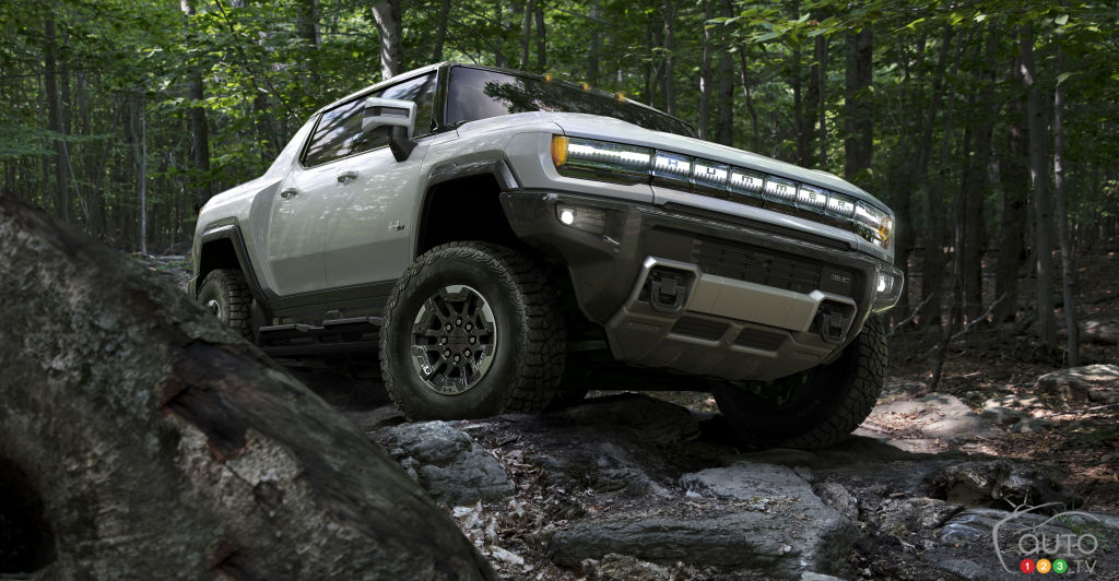GMC Hummer 2022, hors route
