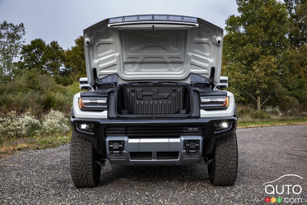 GMC Hummer 2022, capot ouvert