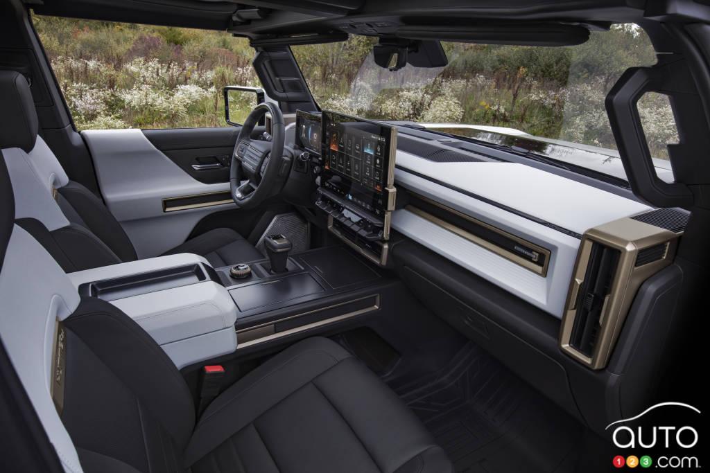 GMC Hummer 2022, intérieur