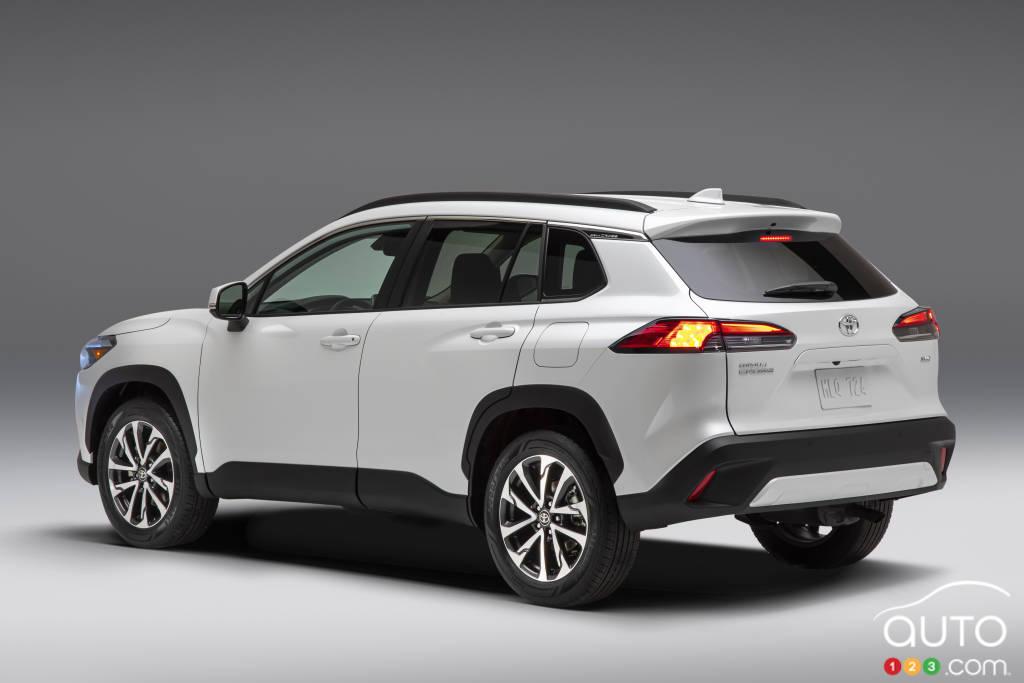 Toyota Corolla Cross 2022, trois quarts arrière