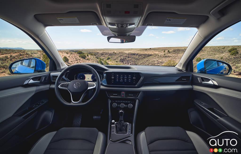 Volkswagen Taos 2022, intérieur