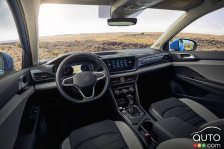 2022 Volkswagen Taos, interior